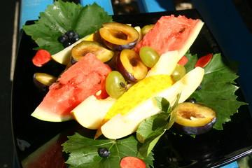 фруктовое ассорти.