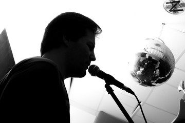 Black and white Portrait of a Rock singer.