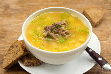 pea soup with meat