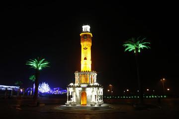 Türkiye İzmir Konak Meydanı