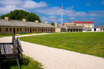 fort snelling courtyard