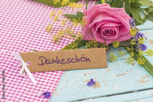 Blumen Landhausstil danke schön karte dankeskarte mit blumen im landhausstil stockfotos
