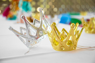 King and queen crowns play toys children party costume birthday celebration event