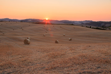 Val d'Orcia, tramonto toscano