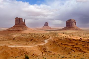 Monument Valley, Monument Valley Tribal Park, Navajo, Mesa, Mesa - Arizona