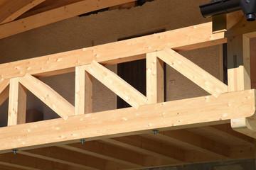 tetto travi trave legno costruzione tetti carpentiere