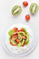 Cake Pavlova with kiwi and strawberry