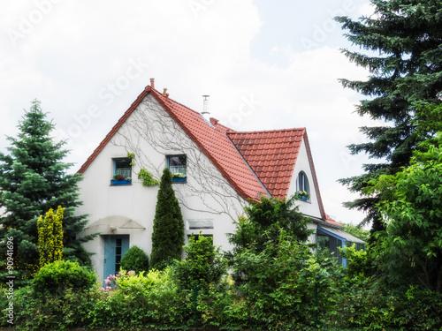 Modernes wohnhaus stockfotos und lizenzfreie bilder auf for Modernes wohnhaus