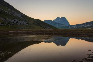 Lago di Pietranzoni al tramonto, bellissimi riflessi