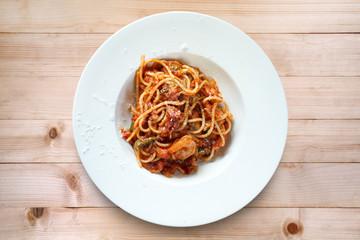 Spaghetti seafood with tomato sauce