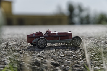 Model of a classic car on the street