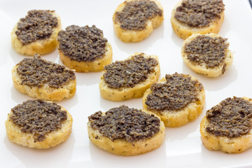 Canapes with mushrooms and truffle