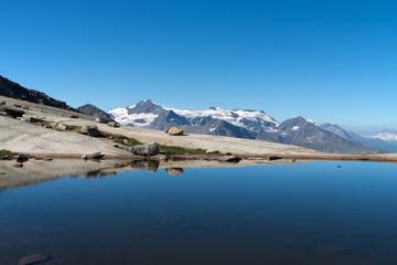 Lac de montagne , en Vanoise , Alpes , France