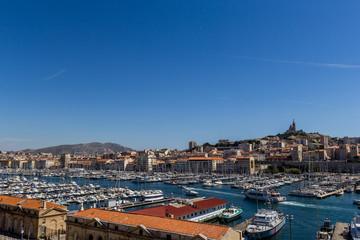 Le vieux port de Marseille vu du Fort Saint-Jean