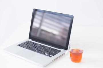 ノートパソコン イメージ