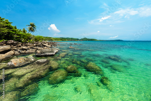 Wall mural Reef and shallow beach at Koh Kood Island , Thailand