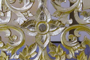 golden flower sculpture art