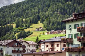 Cerca immagini case di montagna for Immagini di case di montagna