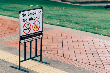 No smoking and no alcohol sign at park