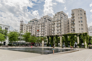 Place Lazare Goujon, Quartier des Gratte-ciel à Villeurbanne