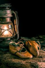 antiche scarpette in cuoio artigianali