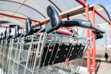 Einkaufwagen Supermarkt