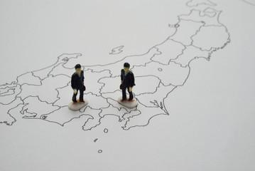 白地図とビジネスマン