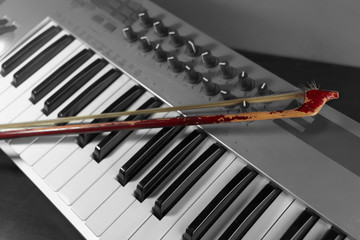 Bow And Synthesizer