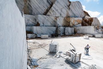 Cava di marmo, Massa-Carrara