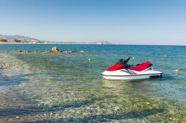 Jetski op het Griekse strand