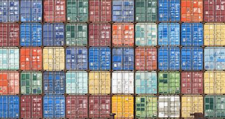 Container im Hafen von Antwerpen, Belgien