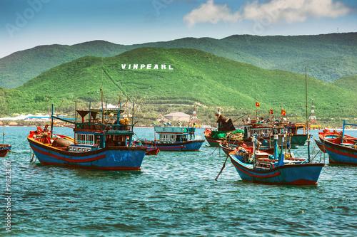 вьетнам рыбацкая лодка