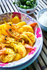 Thai food, yellow curry with big prawn and jusmine rice