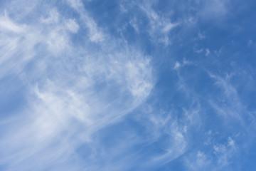 青空と変わった雲