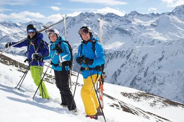 Skifahrer auf einer Tour