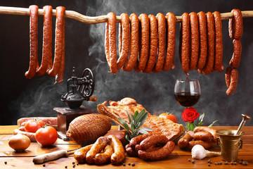 Fototapeta Wiejski stół z mięsem i winem  obraz