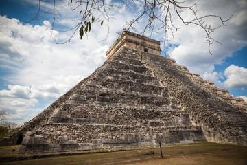 Chichen Itza, mayan pyramid in Yucatan, Mexico