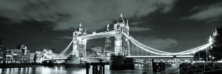 Fototapete - Tower Bridge London