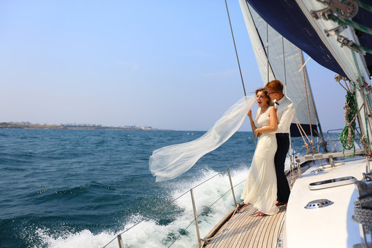 honeymoon sailing