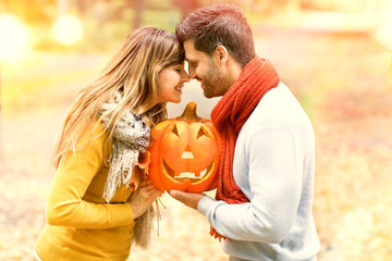 Pärchen beim Halloween fest