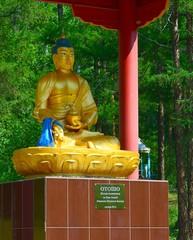 Скульптура будды медицины