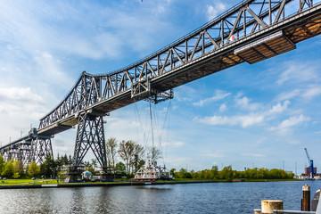 Rendsburg - Hochbrücke mit Schwebefähre