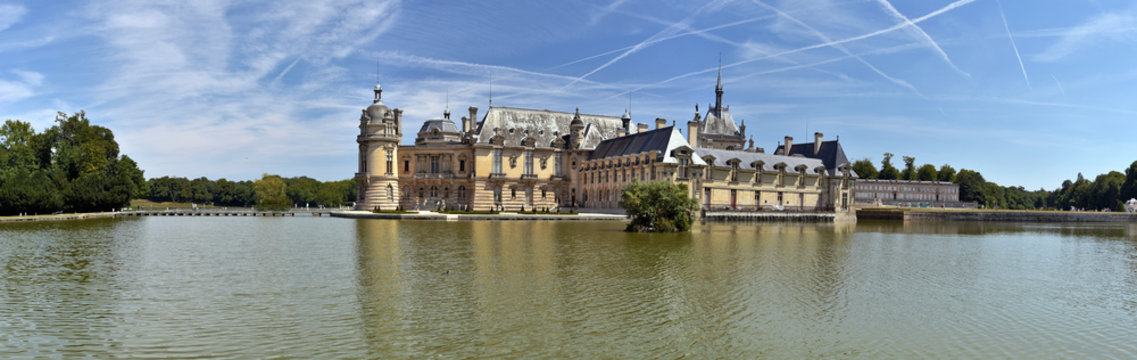 Panorama of the Northern part of Chantilly castle