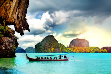 Hermoso paisaje de playa en Tailandia. Phuket. Playa Paradisíaca