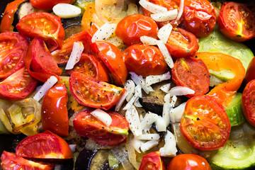 ragout in a pan of vegetables