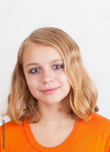 "Teenage Caucasian Girl15 Years Old Sitting Outdoors: ""Smiling Blond Caucasian Teenage Girl Portrait"" Imagens E"