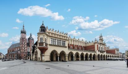 Autocollant pour porte Cracovie Saint Mary Basilica and Main Square in Krakow.