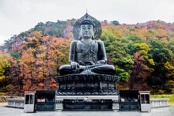 The Sinheungsa Temple at Seoraksan National Park, South Korea