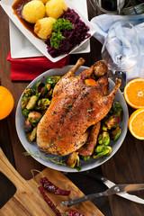 Gebratene Ente mit Knödel und balukraut
