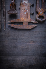 copyspace image vintage rusted tools on board